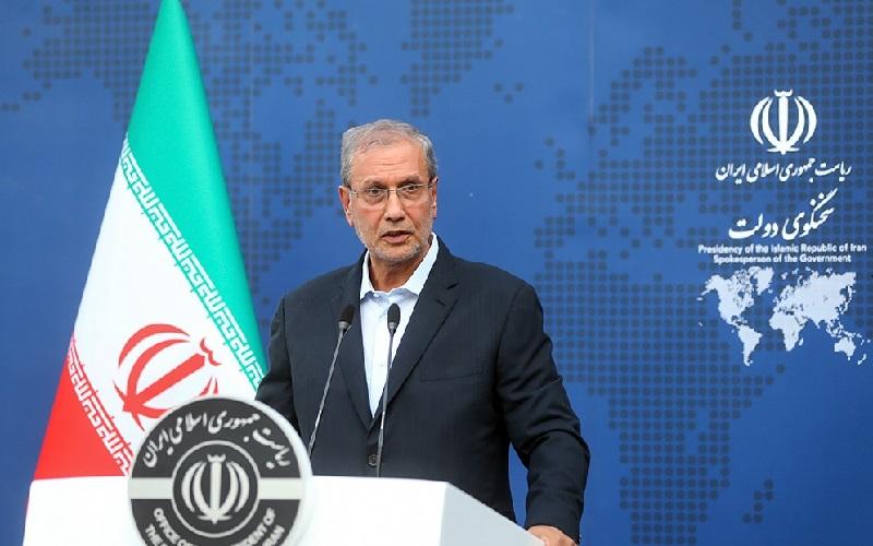 پیامهایی از سوی عربستان برای روحانی آوردند / خنده رئیسجمهور، علامت تسلیم نشدن در برابر فشارهاست