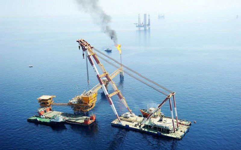 ورود شناور تایدواتر به آبهای بین المللی پس از رفع توقیف