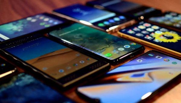 ۲۰ گوشی هوشمند پرفروش در نیمه نخست ۲۰۱۹ / سامسونگ و شیائومی در بالاترین جایگاه
