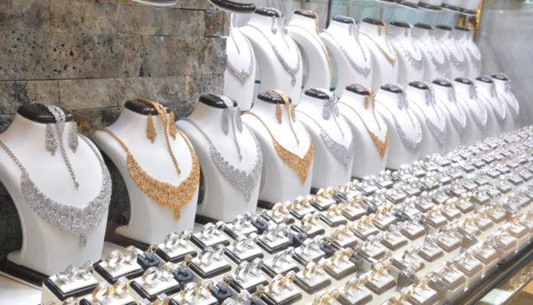 قیمت سکه بهار به ۴۰۰۰۰۰۰ تومان رسید / قیمت طلا و دلار امروز ۹۸/۶/۳۱
