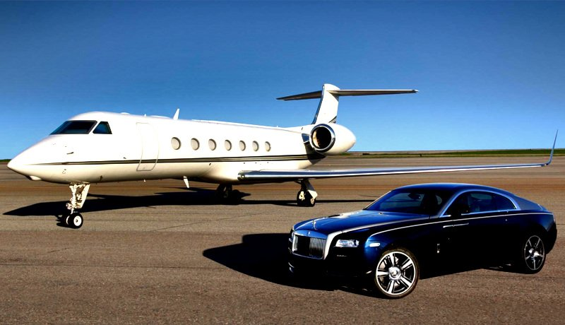 Gulfstream G550 vs Rolls-Royce Phantom