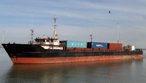 کشتی ایرانی توقیف شده در عربستان آزاد شد