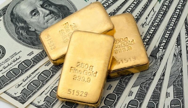 قیمت طلا و دلار در اولین روز معاملات / بازارها در انتظار نشست فدرالرزرو / افت ۰٫۲ درصدی طلا و رشد شاخص دلار