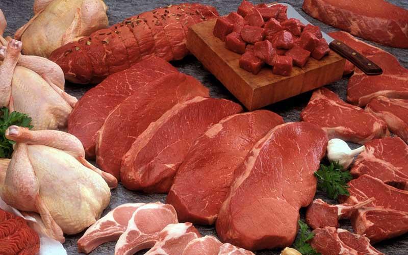 مردم گوشت را ۵۰ درصد گرانتر میخرند