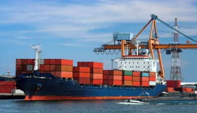 کارنامه تجارت خارجی در نیمه اول سال ۹۸ / واردات یک میلیارد دلار بیشتر از صادرات