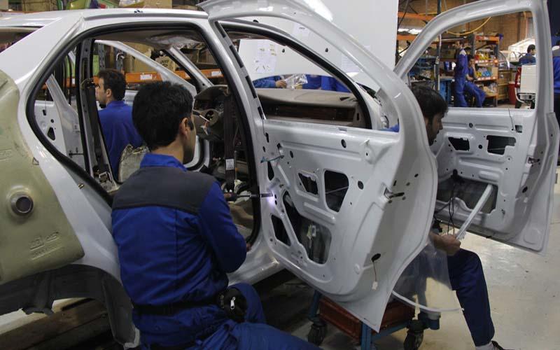 رویه برخی خودروسازان داخلی در حذف آپشنهای خودرو