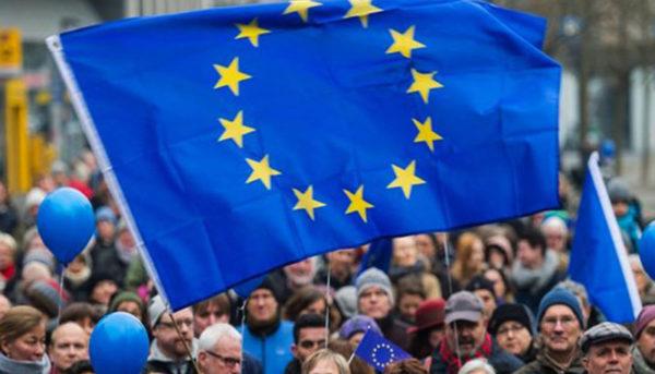 درآمد شهروندان اروپایی افزایش یافت