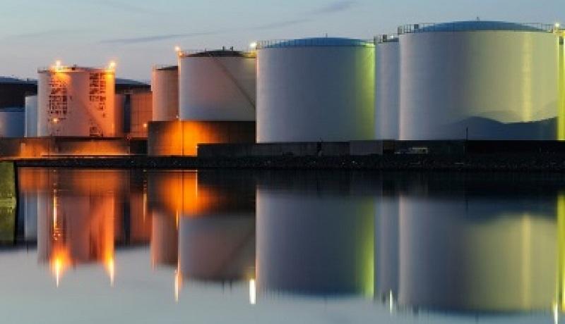 کاهش قیمت نفت به دنبال رشد قابل توجه ذخایر آمریکا