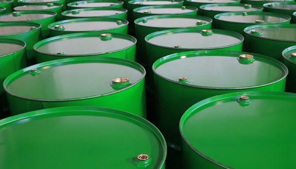 واکنش بازار نفت به حمله پهبادی یمن / طلای سیاه ۵۹ دلار شد