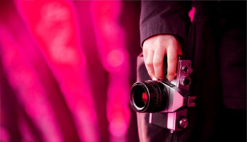 عکاس عکس دوربین