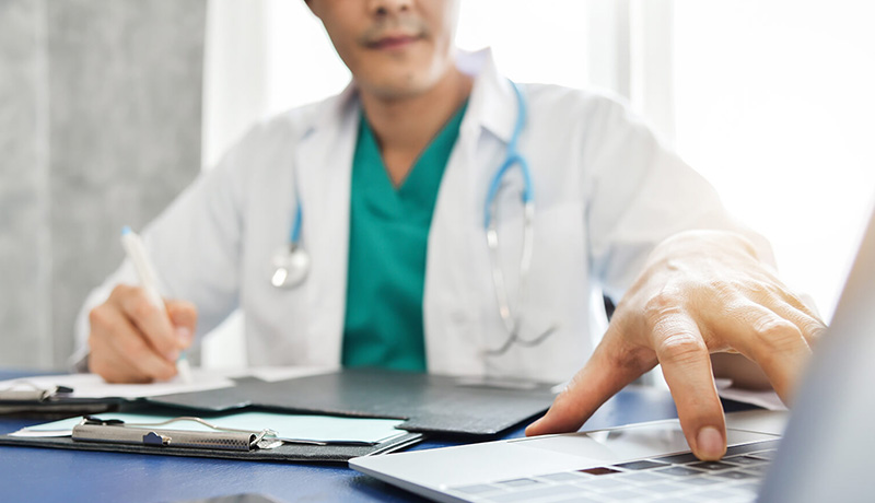 اثر بامل خدمات بهداشتی و درمانی