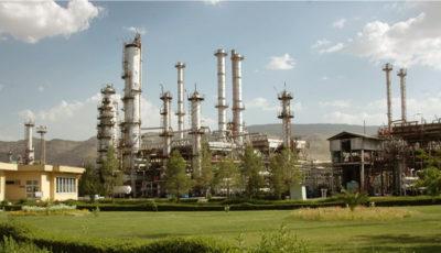 وزارت نفت به قانون عرضه خوراک پالایشگاهها به بورس، عمل کند