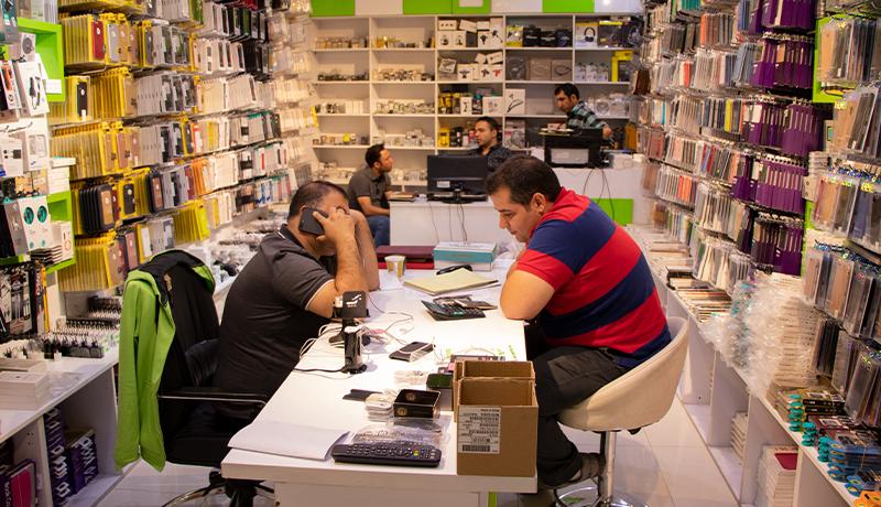 بازار موبایل در آخرین روزهای مهر آرام است + لیست قیمت انواع گوشی