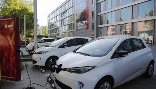 روند صعودی فروش خودروهای الکتریکی