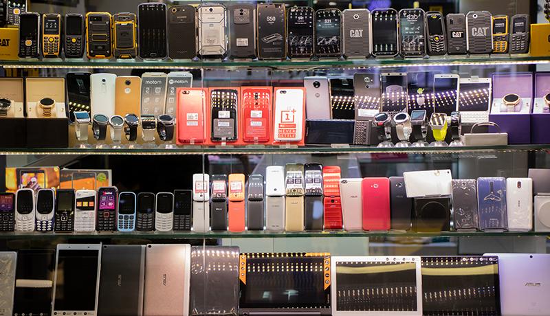 قیمت انواع گوشی موبایل امروز 4 آذر 99