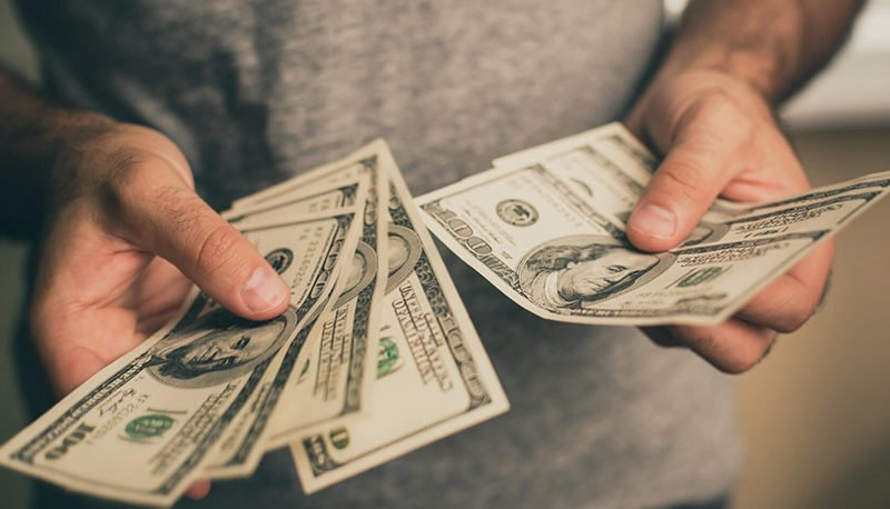 احتمال بازگشت نوسانگیران به بازار ارز / ثبت کمترین قیمت دلار در پاییز