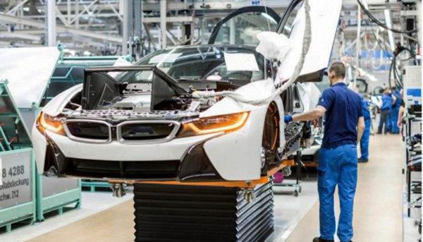 چشمانداز تاریک برای صنعت خودرو در جهان