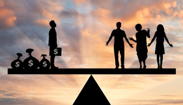 کاهش نرخ مالیات؛ سیاستی برای رونق اقتصادی یا پر کردن جیب ثروتمندان؟
