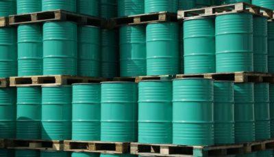 گرانی ۳٫۵ درصدی نفت تنها طی یک هفته / عواملی که روند قیمت نفت را تغییر دادند