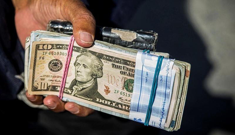 تقاضای ارزی فعلا کاهش یافت / خطری برای آینده دلار