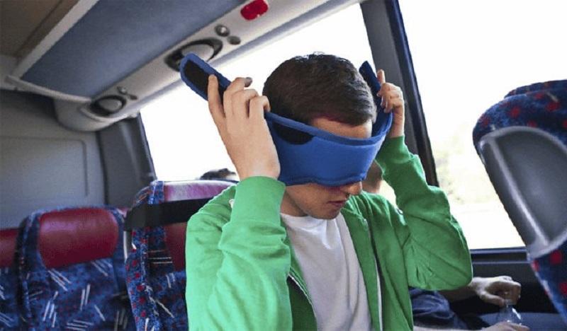 توصیههایی برای زمانی که دیگران در اتوبوس خوابند
