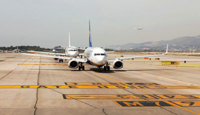 پروازهای خارجی در نیمه اول سال ۹۸ کاهش یافت