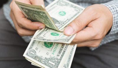 سهم دلار از مبادلات تجاری جهان چقدر است؟