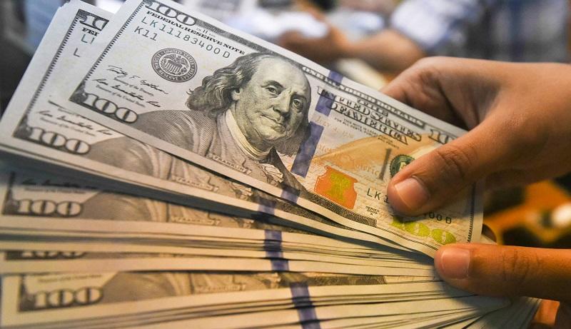 دلار به بالاترین سطح ۳ هفته اخیر رسید / بدترین عملکرد هفتگی طلا در ۳ سال گذشته