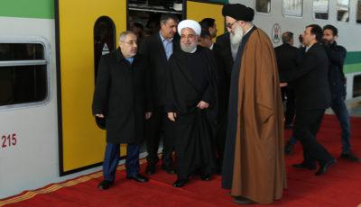 روحانی در مترو هشتگرد (گزارش تصویری)