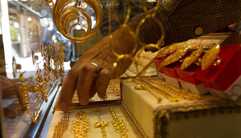 جزئیات قیمتها در بازار طلا و سکه / قیمت دلار و یورو امروز ۹۹/6/18