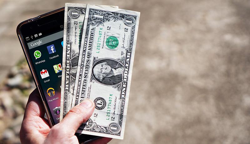 روزی که دلار از مرز ۱۳هزار تومان عبور کرد / نوسان سکه از ارز هم بیشتر شد