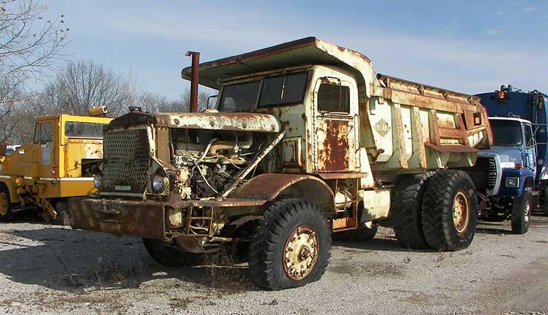 خسارت 12 هزار میلیارد تومانی کامیونهای فرسوده - تجارتنیوز