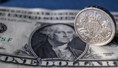 افت پوند و رشد اندک دلار در معاملات روز سهشنبه / طلا ثابت ماند