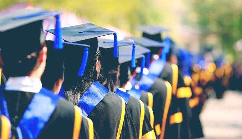 فارغالتحصیلان دانشگاه