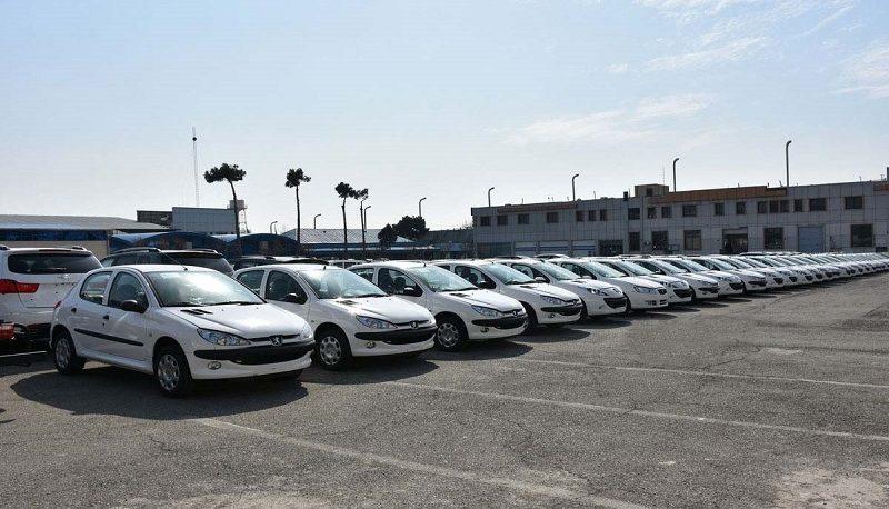 قیمت انواع خودرو در دی ماه چقدر تغییر کرد؟ +جدول قیمتها