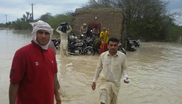 سیستان و بلوچستان در محاصره سیل (ویدیو)