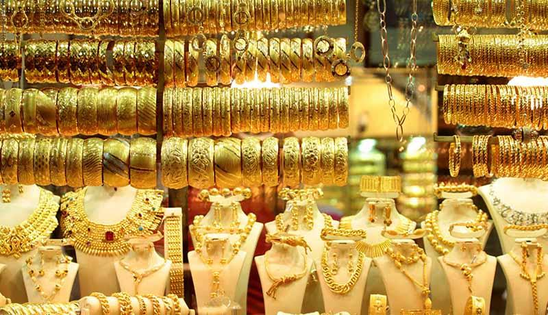 کاهش قیمتهای بازار طلا و سکه در اولین روز هفته / قیمت دلار و یورو امروز ۹۹/6/29