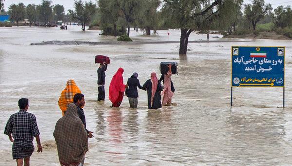 آخرین اخبار سیل سیستان و بلوچستان / ۴ روستا تخلیه شد
