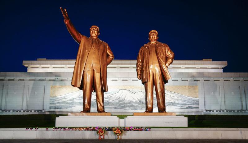 بنای یادبود بزرگ در منسولهیل