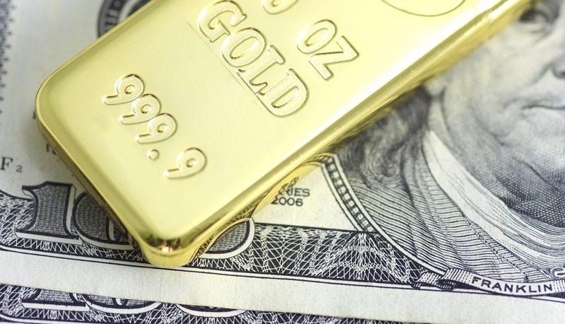 رشد اندک دلار و طلا در اولین روز از معاملات هفته جدید میلادی