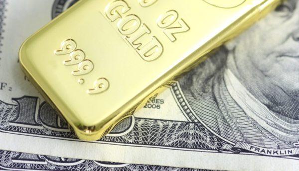 رشد دلار و طلا تحت تاثیر افزایش تنشها در خاورمیانه / طلا در یک هفته ۳ درصد رشد کرد