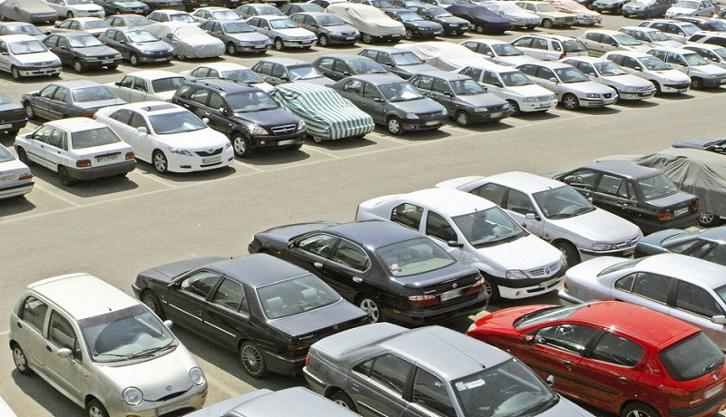 تعزیرات نمیتواند با گرانفروشي خودرو برخورد كند