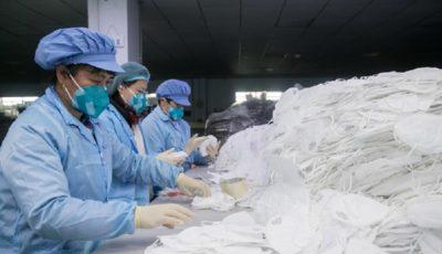 سازنده آیفون، ماسک تولید میکند