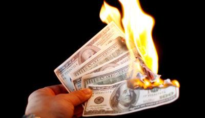 روسیه و اتحادیه اروپا دلار را از مبادلات تجاری حذف میکنند