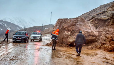 آخرین خبرها از سیلاب چهارمحال و بختیاری / مسدود شدن راههای ارتباطی ۳۰ روستا