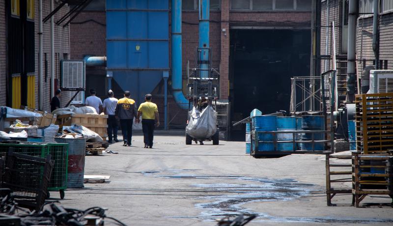 هیچ بنگاه صنعتی به دلیل کرونا تعطیل نشده است