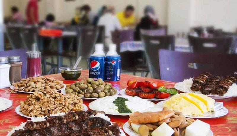 گرانی در منوی رستورانها و کافیشاپها / چرا قیمت فست فود افزایش یافته است؟