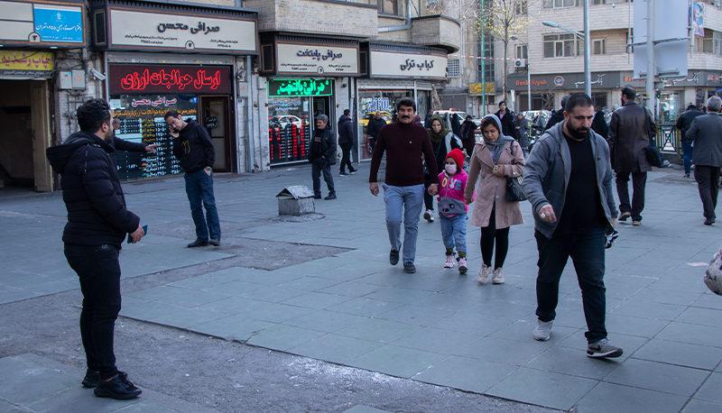 پیشبینی بازارها پس از ورود ایران به لیست سیاه FATF / دلار و طلا چه خواهند شد؟