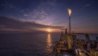 اولین قیمت نفت در معاملات هفته جدید میلادی / طلای سیاه در یک ماه ۲۱ درصد افت کرد
