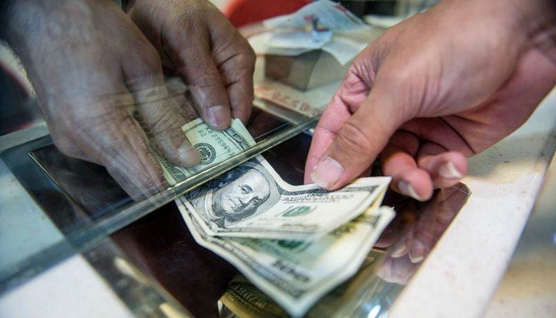 نگاه مردم به آینده بازار ارز / اسکناس آمریکایی گرانتر میشود یا ارزانتر؟